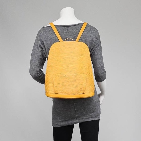 b7a996e688eb Louis Vuitton Handbags - Louis Vuitton Gobelins Backpack